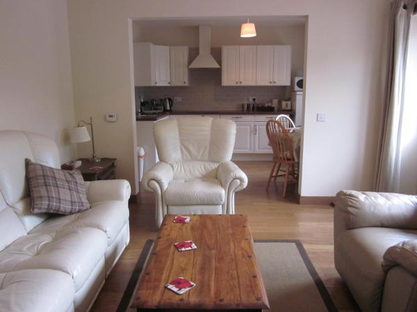 Easter Bowhouse Farm Cottage in Linlithgow, Stirlingshire, Scotland