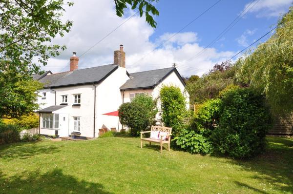 Marsh Cottage in Instow, Devon, England