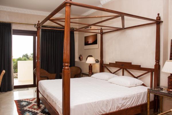 Hotel Villarocamar