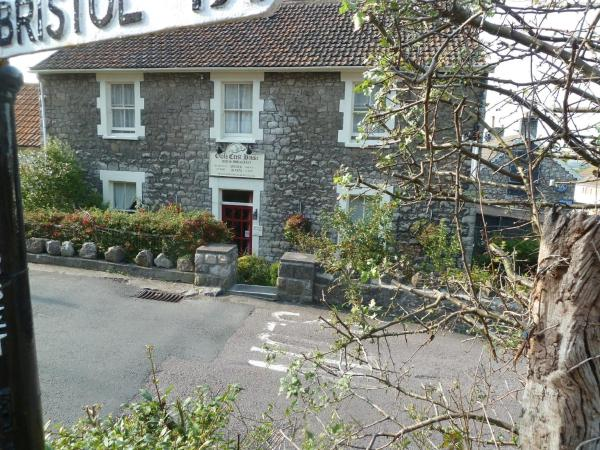 The Owls Crest House B&B in Weston-super-Mare, Somerset, England