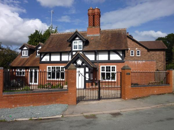 Downswood Cottage in Chester, Cheshire, England