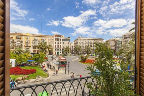 Spain Select Plaza de la Reina Apartments
