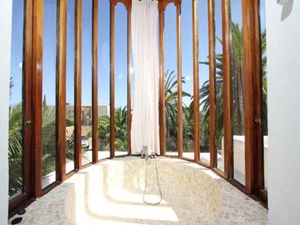 Villa in Ibiza Town