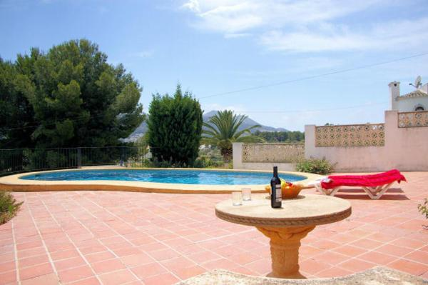 Apartment with beach in Javea