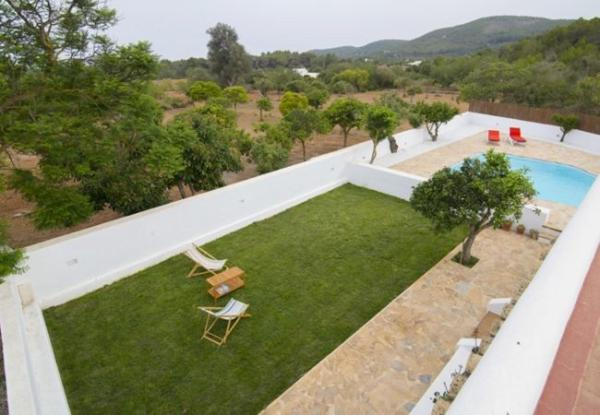 Villa in Santa Eulalia Del Rio III