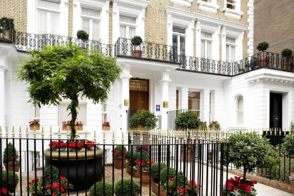 Beaufort House - Knightsbridge in London, Greater London, England