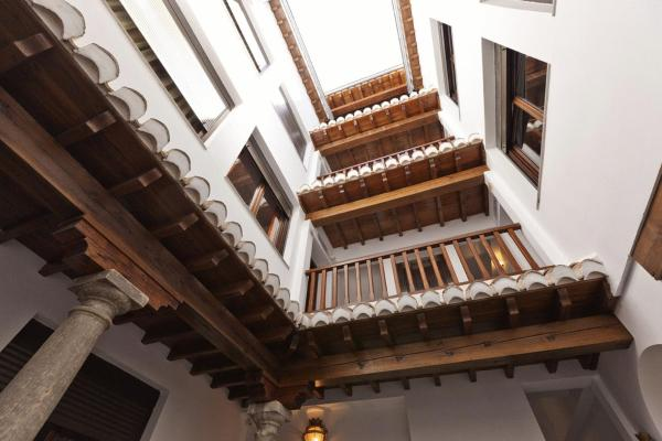 Al-Andalus Apartments