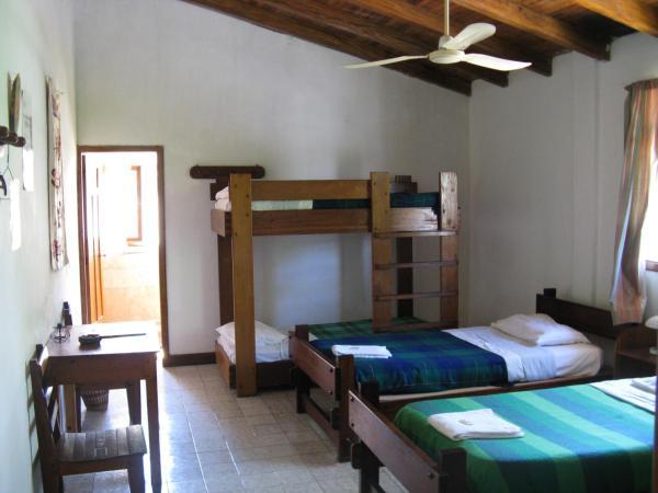 Hostal Albergue Español & Jungle Lodge
