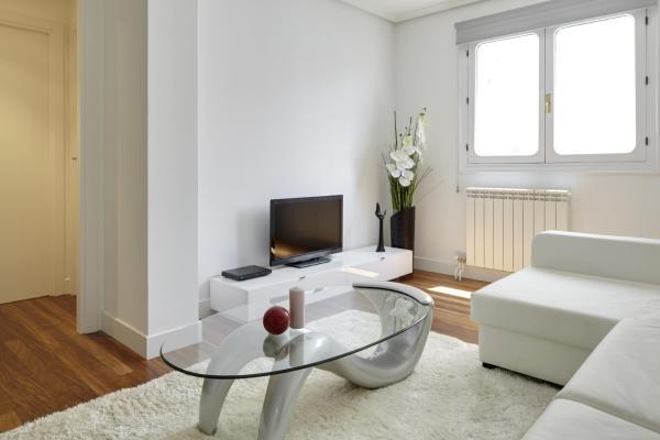 Aldamar Apartment by FeelFree Rentals