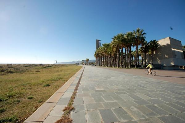 Lets Holidays Castelldefels Diagonal Orient