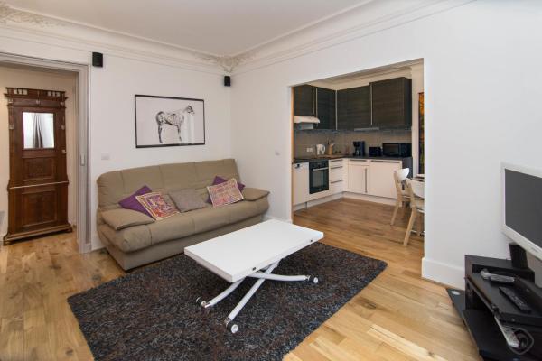 Family Montmartre Apartment
