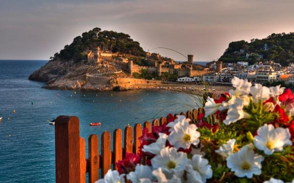 Apartment Lets Holidays Tossa de Mar Bernats