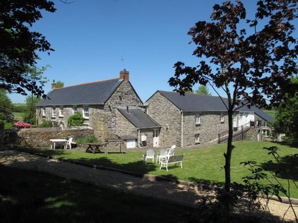 Rosewyn Farmhouse in Mitchell, Cornwall, England