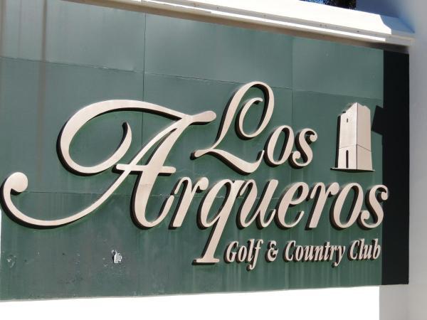 Los Arqueros Golf Resort