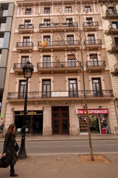 Hostal Live Barcelona 2