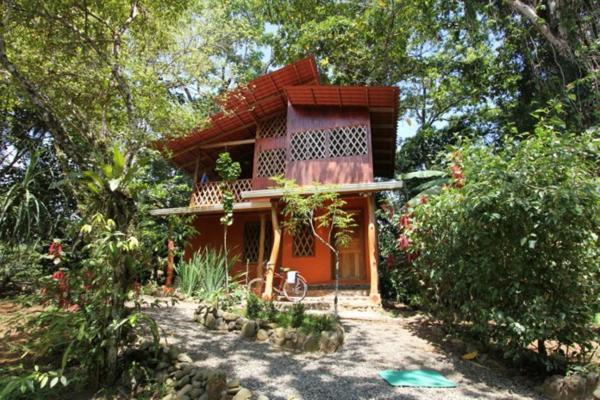 Cashew Hill Lodge