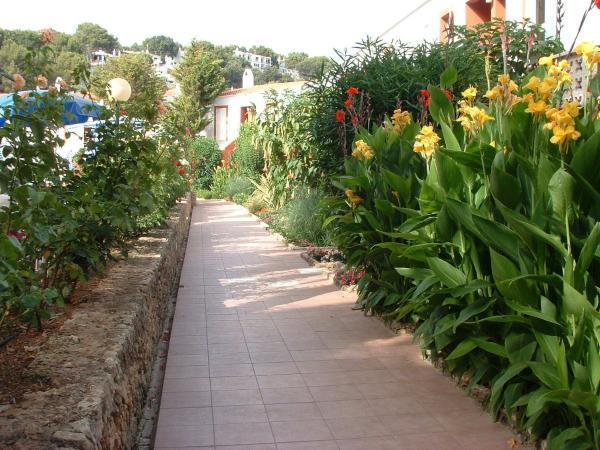 Galdana Gardens