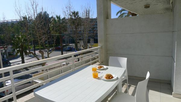 Saval Apartaments Royal