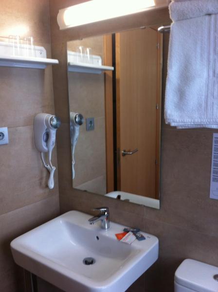 Hotel Mediterrani Express