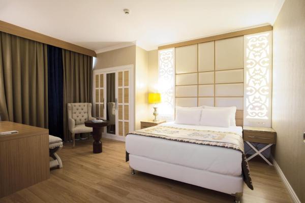 Quattro Beach Spa & Resort Hotel - Ultra All Inclusive