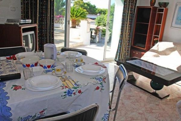 Apartment with views, pool in Moraira