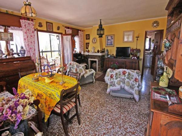 Apartment with garden, mountain view, in Calpe