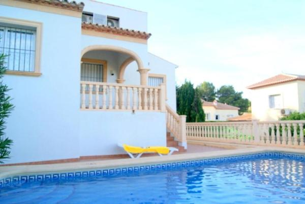 Apartment with garden, terrace in Javea