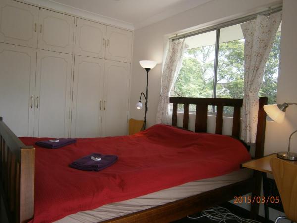 Kedron Apartment