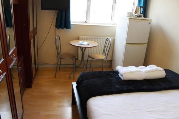 Commercial Rd Homestay in London, Greater London, England
