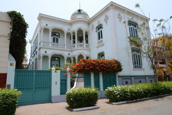 Casa de Leeuw