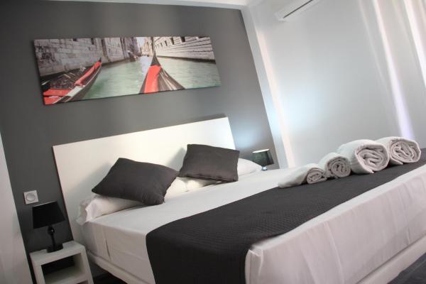 Click&Booking Apartamentos Skorpios