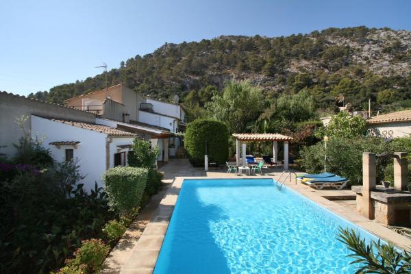 Villa Sort