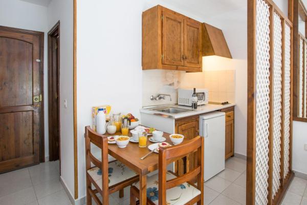 Estel Blanc Apartments - Adults Only