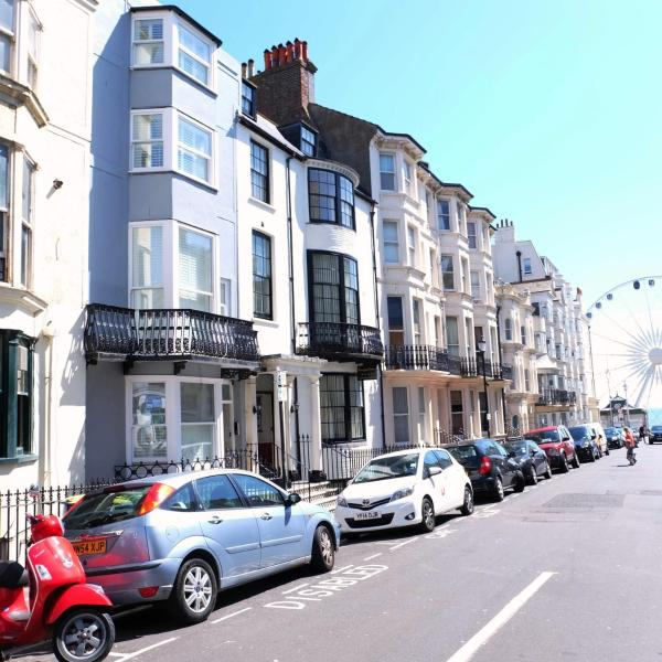Beach Pad Escape B&B in Brighton & Hove, East Sussex, England