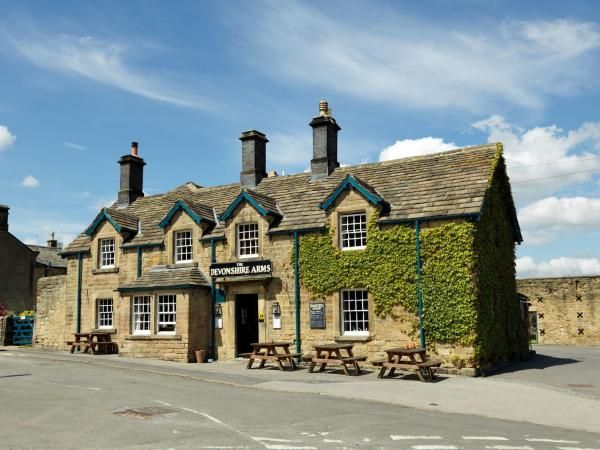 Devonshire Arms at Pilsley in Baslow, Derbyshire, England