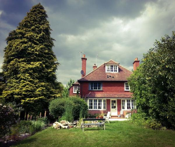 Rosemead Guest House in Claygate, Surrey, England
