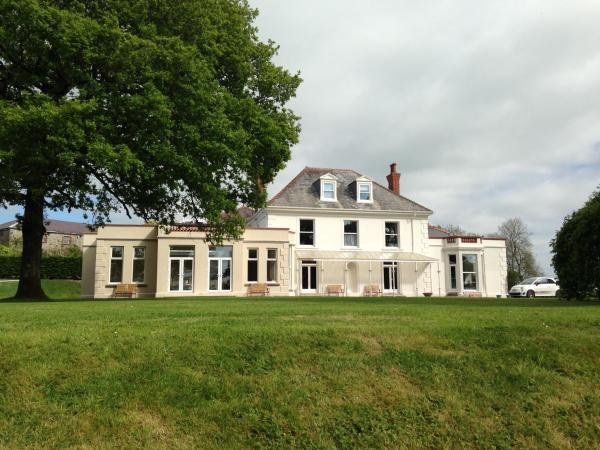 Mansion House Llansteffan in Llangain, Carmarthenshire, Wales