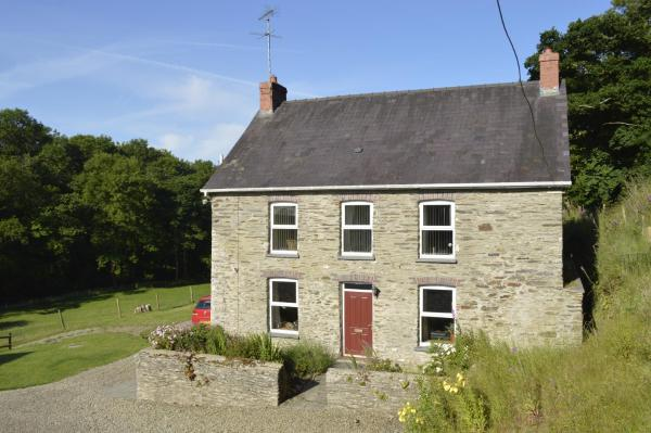 Troedyrhiw Bed & Breakfast in Cardigan, Ceredigion, Wales