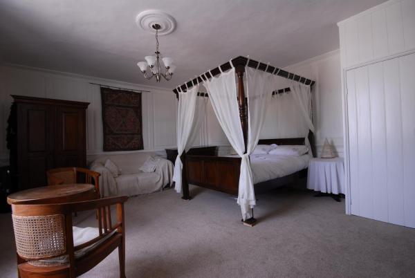 Oak House B&B in Cawston, Norfolk, England