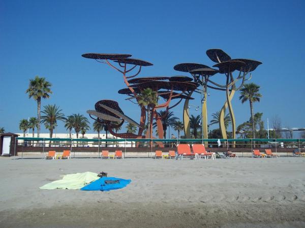Agradable apartamento en Playa La Pineda (Tarragona)