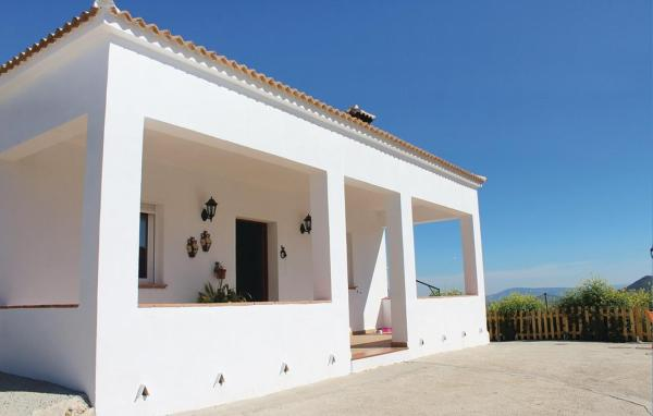 Three-Bedroom Holiday home El Gastor with a Fireplace 07