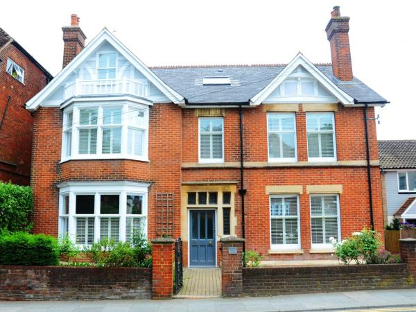 The Retro Bed & Breakfast in Canterbury, Kent, England