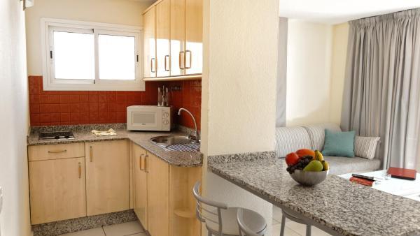 Apartamentos Cocoteros