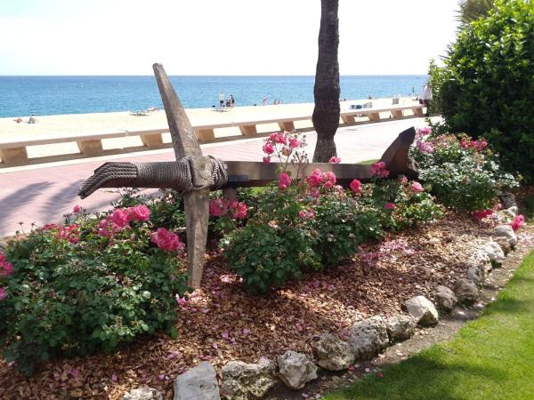 Manuela Beach City