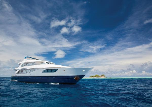 Honors Legacy Yacht