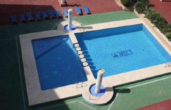 Apartament with garden, terrace in Alicante
