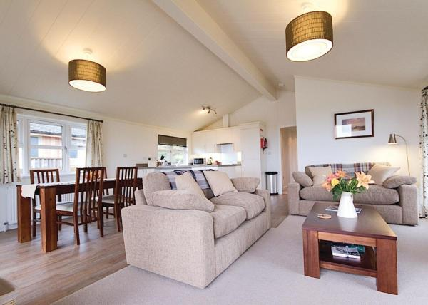Caddy s Corner Lodges in Porkellis, Cornwall, England