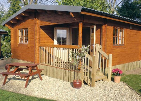 Oat Hill Farm Lodges in Winsham, Somerset, England