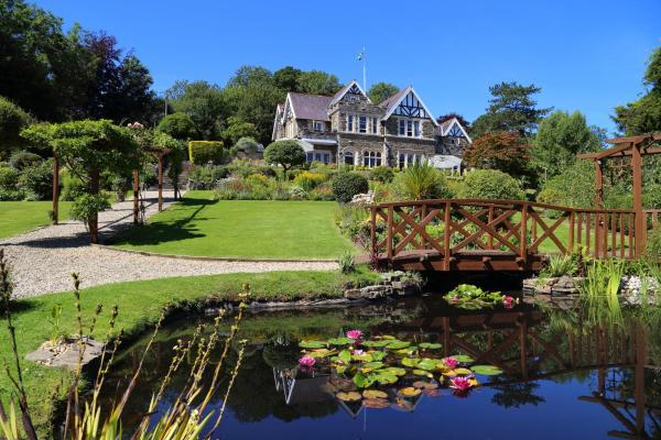 Yeoldon House Hotel in Bideford, Devon, England