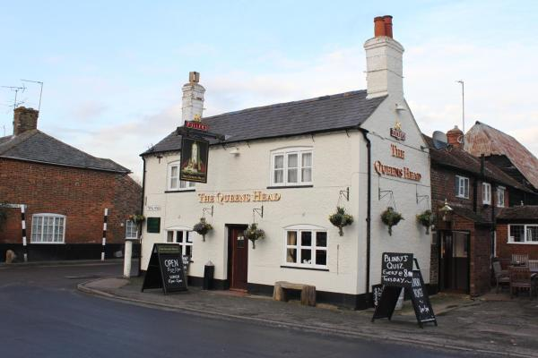 The Queens Head in Long Marston, Hertfordshire, England